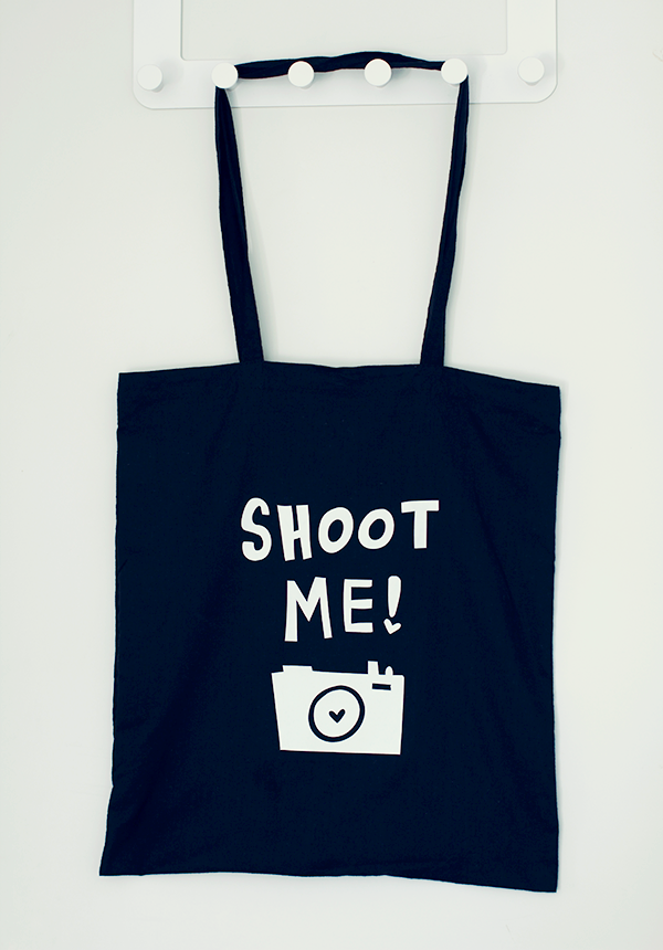 DIY cotton bag with photography illustration and text