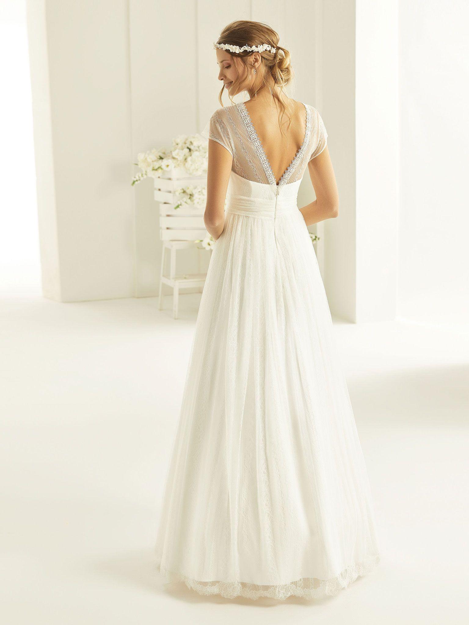 A-Linie Brautkleid aus hochwertiger Spitze. Bianco Evento