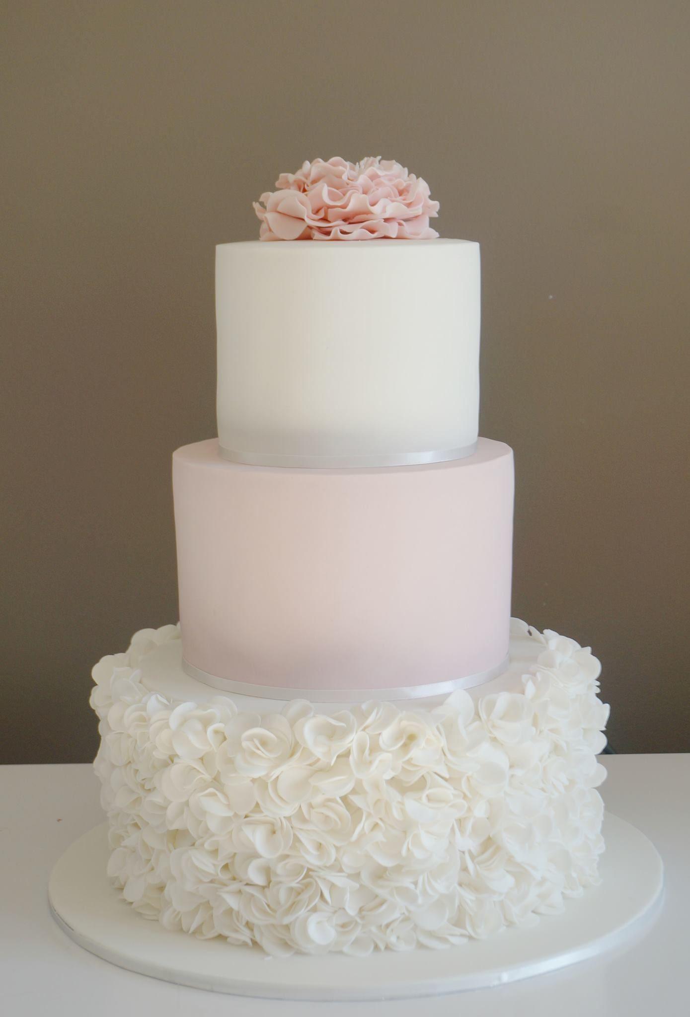 Love this ruffle cake i want uc pinterest ruffles
