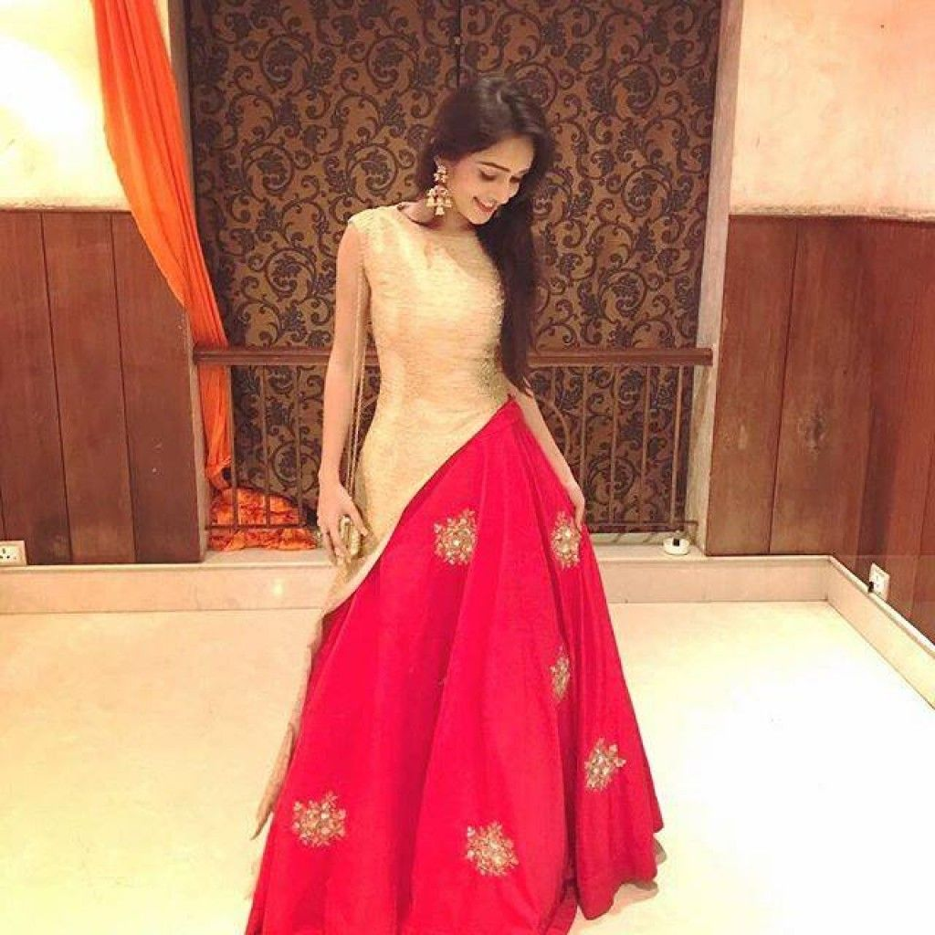 59a8d386d6 Zipker.com is a India's Largest online marketplace for ethnic products such  as jewellery, sarees, salwar suits, anarkali suits.