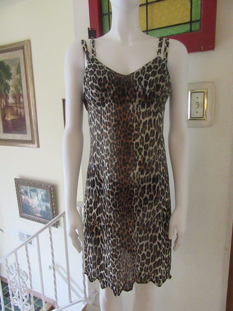 Vintage Vanity Fair Leopard Pillowtab Panties Bra Nightgown Set  #VanityFair #Casual