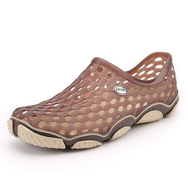 7b45cc55187 Men Beach Sandals Flat Outdoor Slip On Hollow Out Shoes - Banggood Mobile
