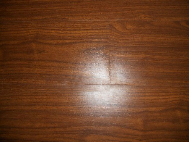 Sp 6212 2 Middle Embossed Laminate Flooring With Walnut Wood Colors