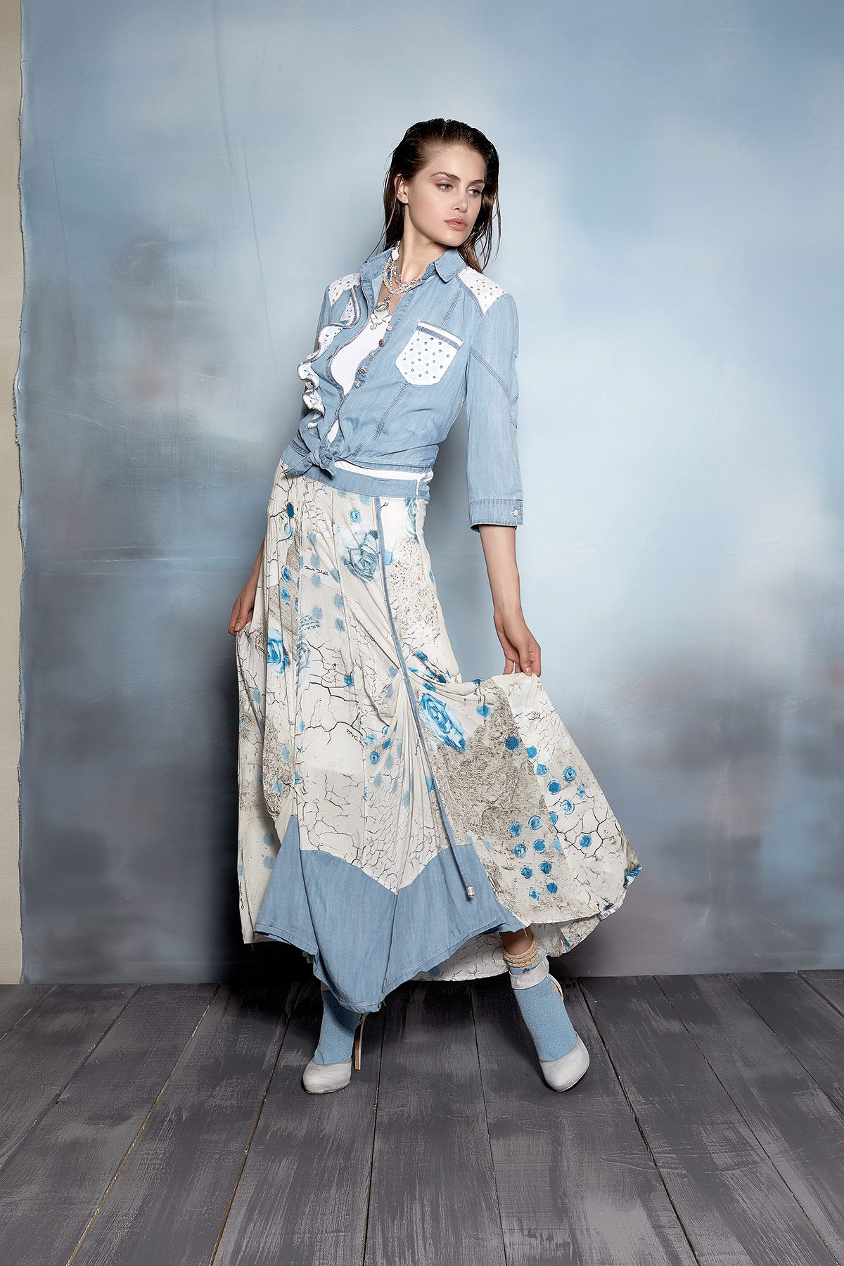 #danieladallavalle #collection #ss16 #elisacavaletti #blouse #top #skirt #socks #necklace #shoes #blue #lightblue #white #fantasy