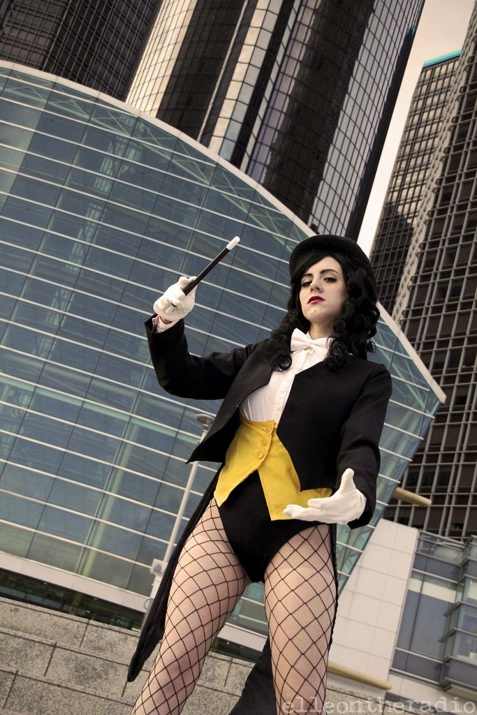 cosplay justice Zatanna young