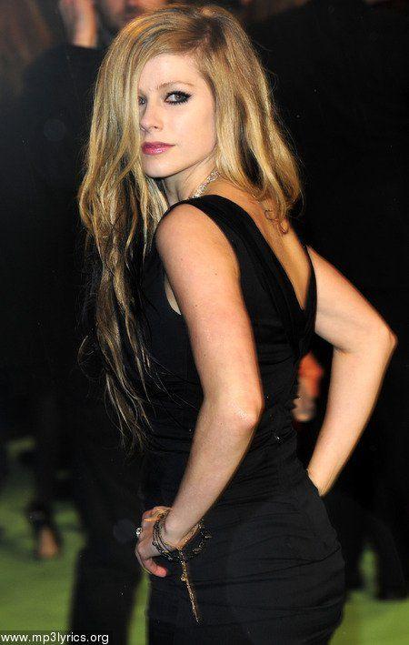 Nude avril pics lavigne Avril Lavigne