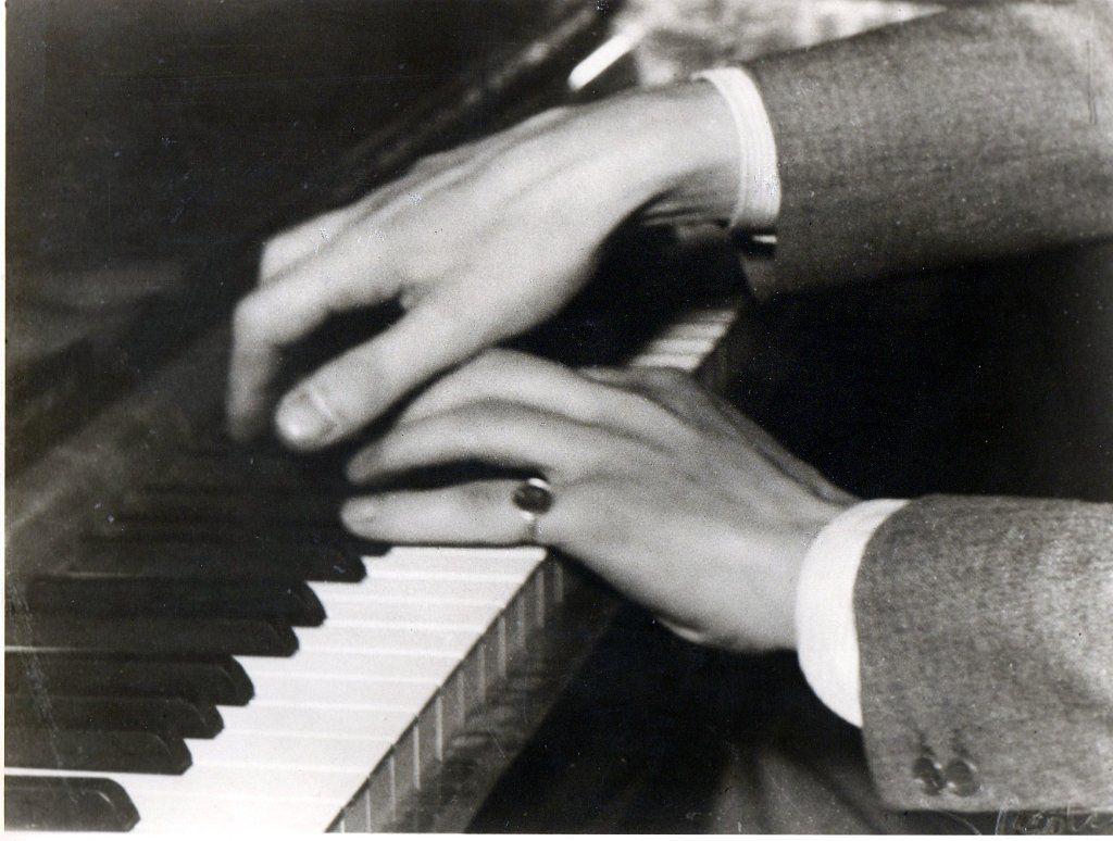 Sviatoslav Richter Hands