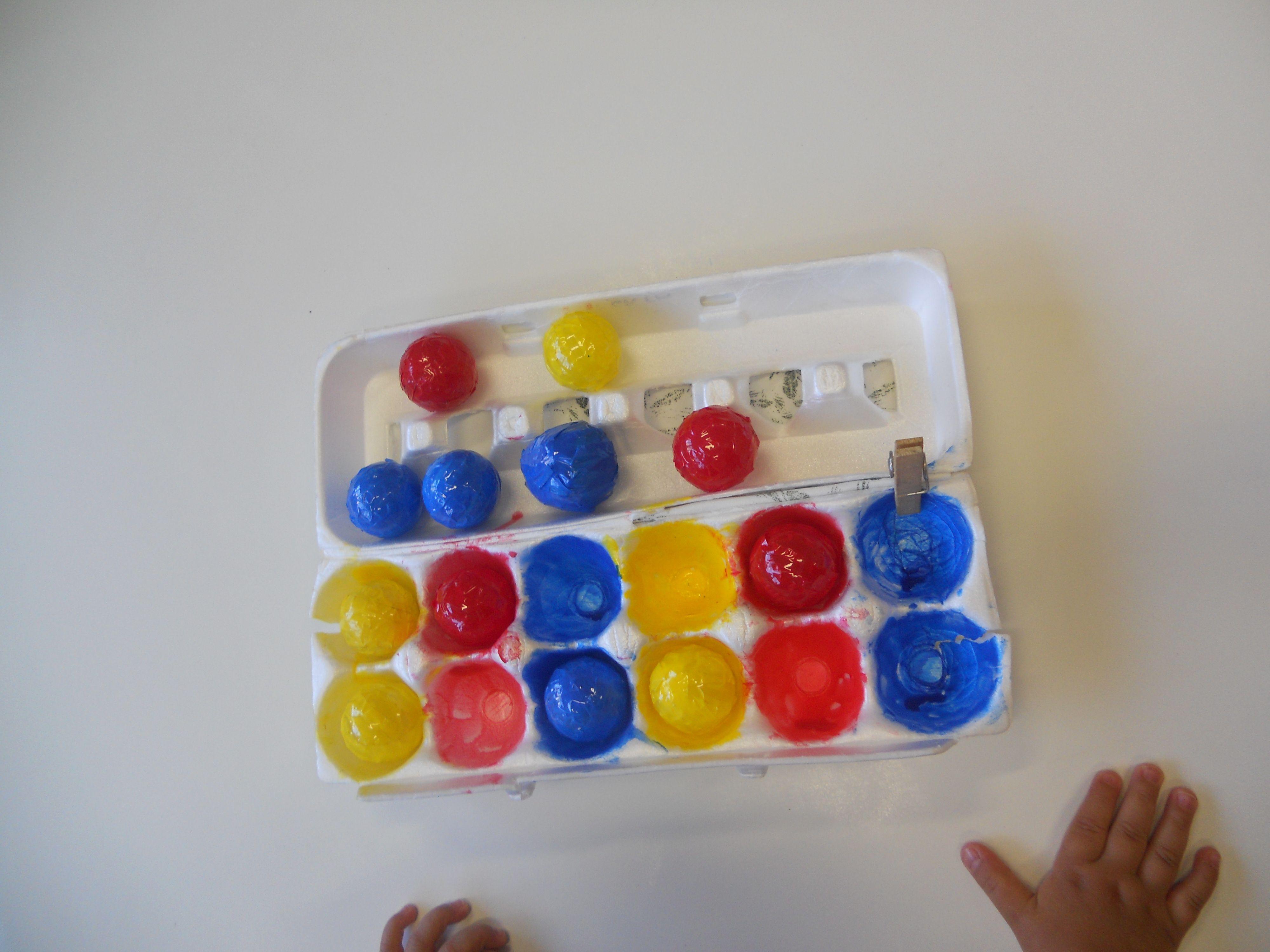 Bercario Ii B Brincadeiras Sensorial Com Bolinhas Coloridas E