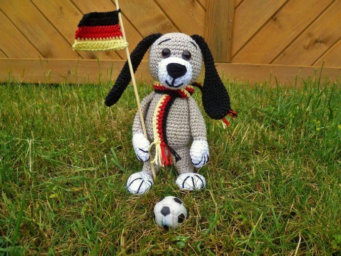 Häkelanleitung Hund - EM - Fußball - E-Book