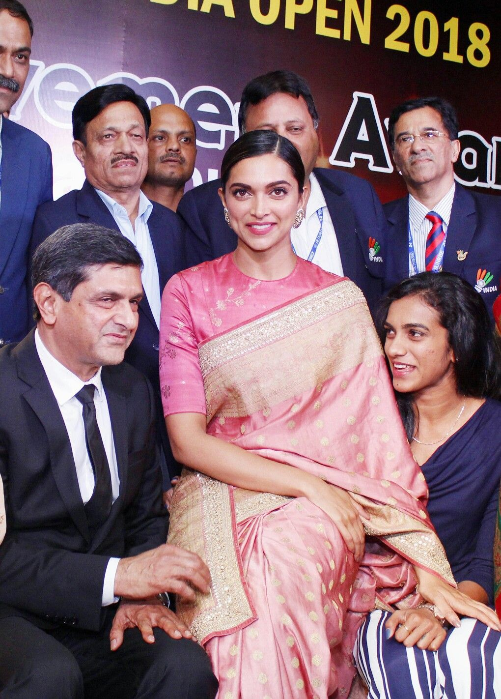 Bollywood Actress Deepika Padukone With Her Family Deepveer In