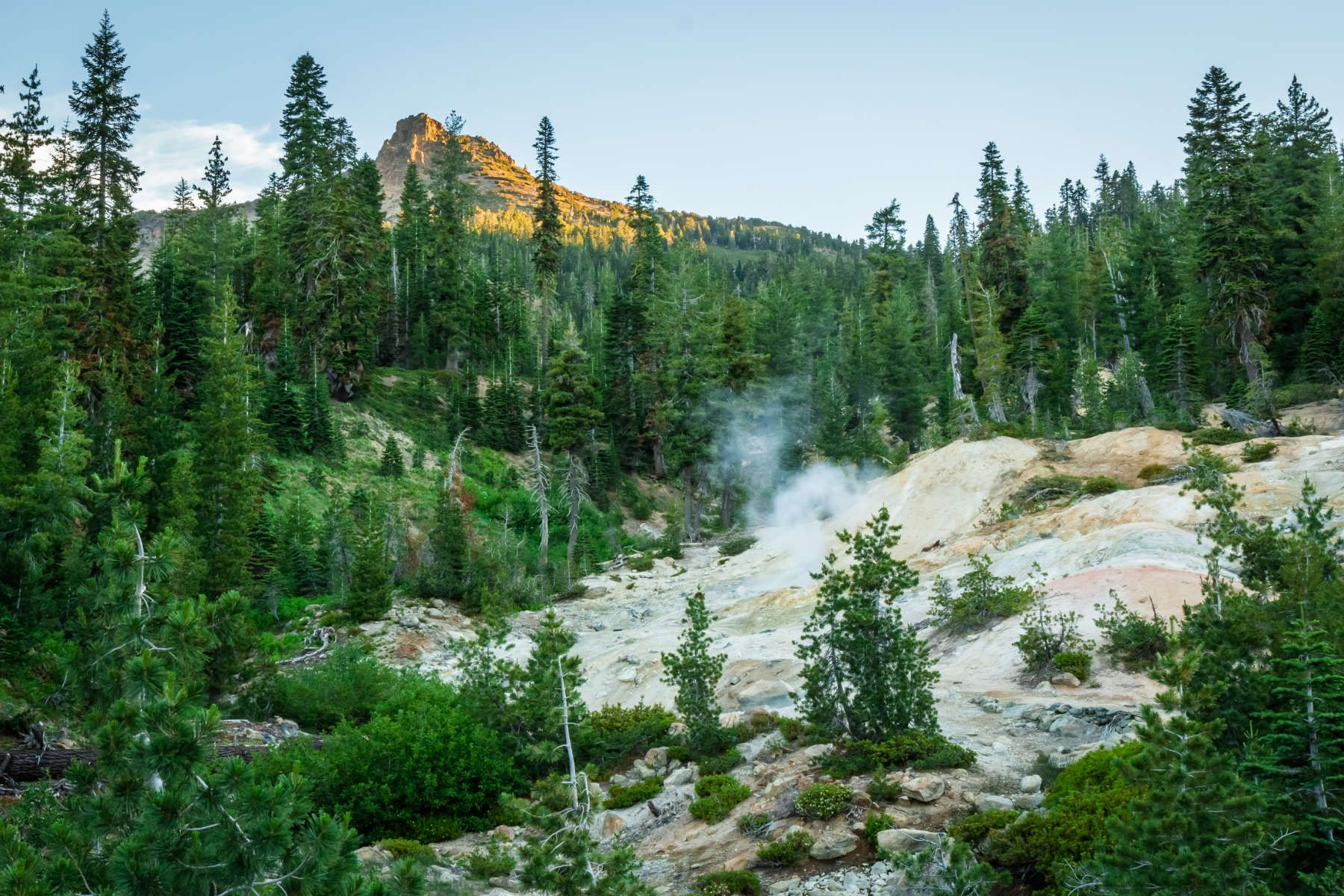 Summit Lake South Campground Lassen Volcanic Ca Search Private And Public Campgrounds Lassen Volcanic Summit Lake Lake