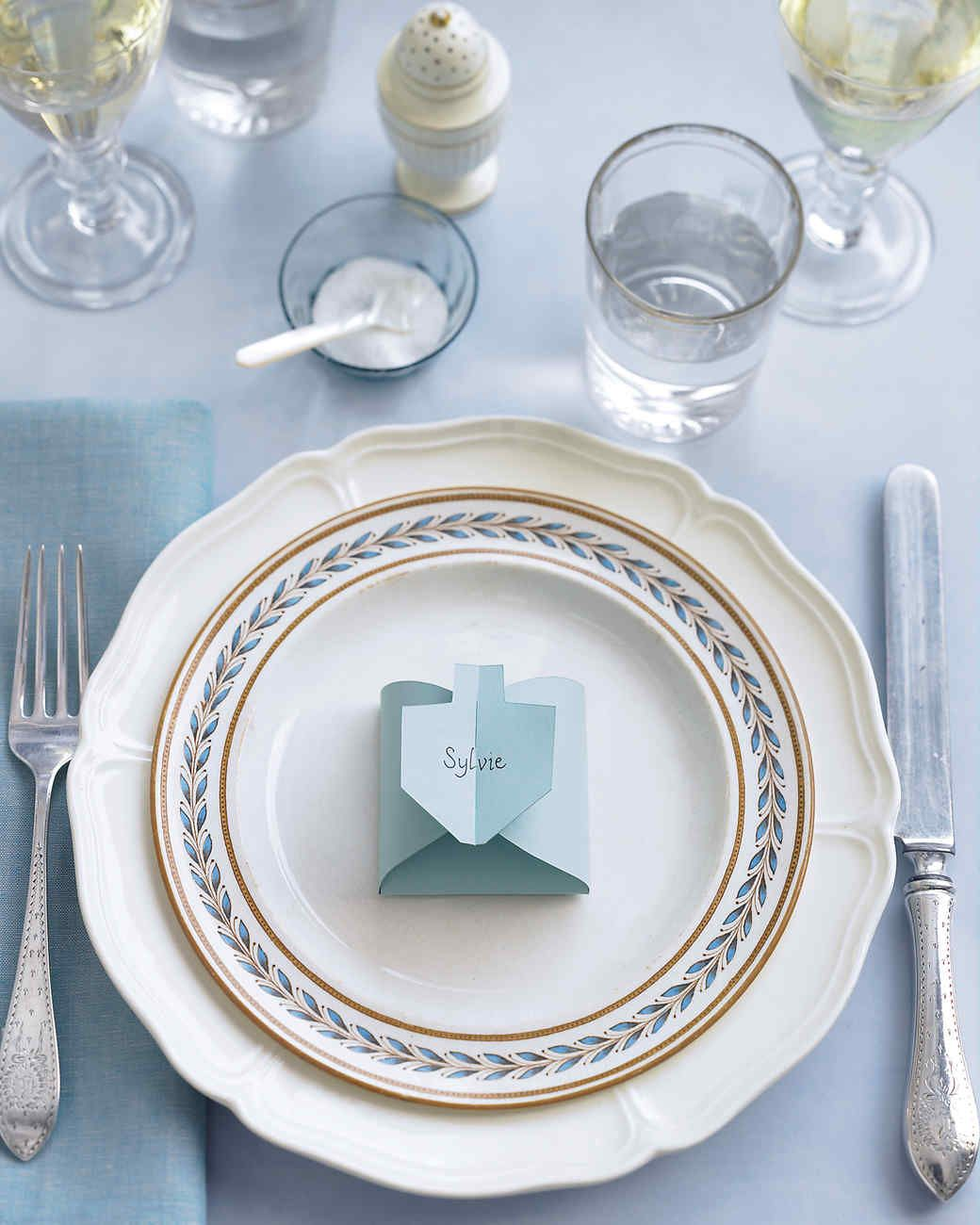 Dreidel-Shaped Place Cards & Dreidel-Shaped Place Cards | Place cards Cards and Shapes
