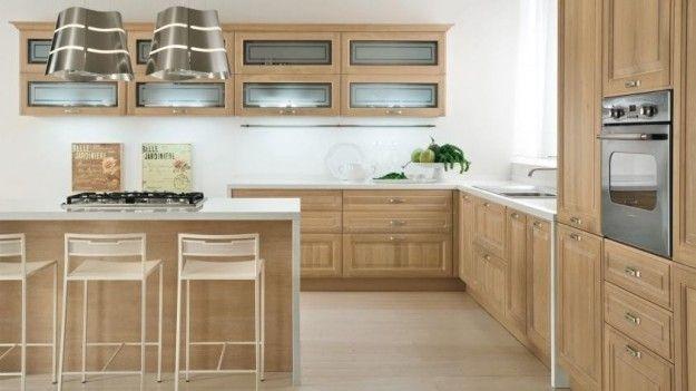 Idee per arredare una cucina classica - Cappa di design | kitchen ...