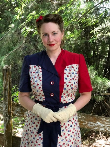 Vintage 1940s Color Block Swag Dress: Pin By River Belle On Miss Betsy's Button Cottage
