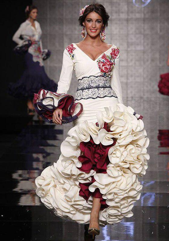 Pin de AʅႦα en Design: Fashion en 2019   Flamenco, Vestidos