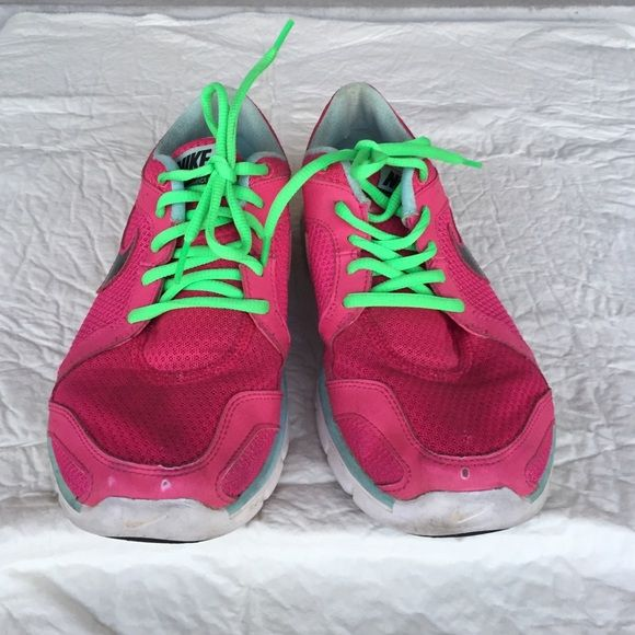 Shop Women's Nike Pink size Sneakers at a discounted price at Poshmark. Get  your sweat on in these bad boys!