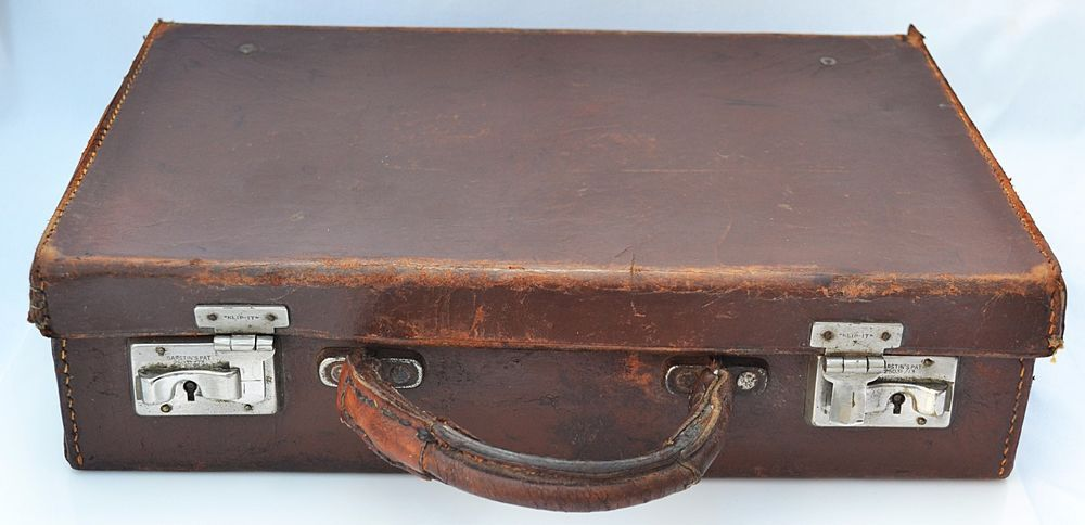 57f9f6dee700 LOVELY Vintage Antique 1950 Brown Leather Attache Case Briefcase ...