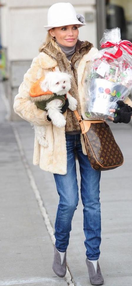 6e957bb3cd7c Kristin Chenoweths & Louis Vuitton Odeon! Love this handbag :) !