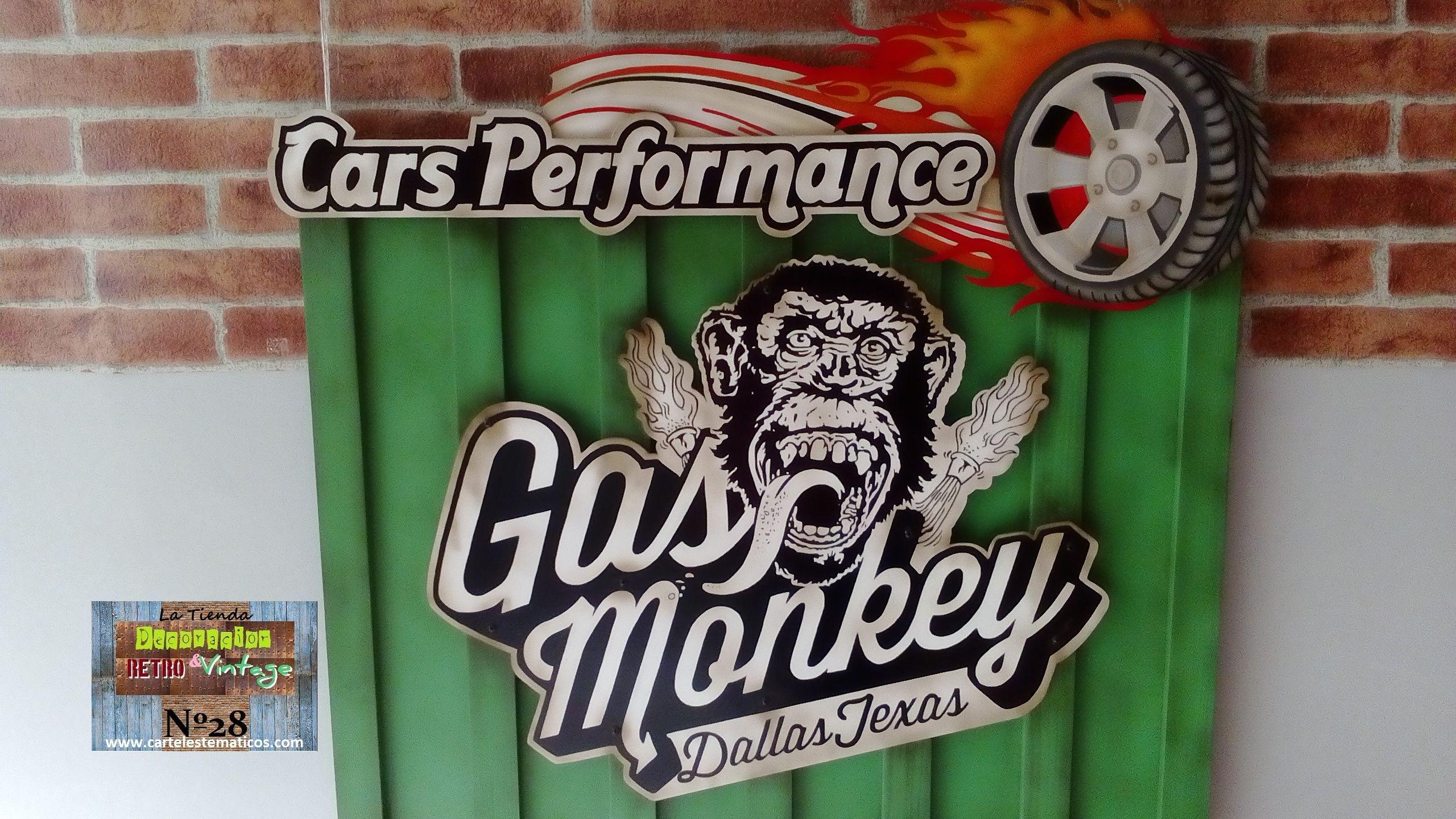 """Hola a tod@s!!! Ayer hice la primera entrega del año. Cartel de """"Gas Monkey"""" personalizado. Base en madera con listones verticales, logos en relieve con efecto envejecido. Nombre """"Cars Performance"""" con rueda en llamas. Realizado y pintado a mano. Genial!!! Visita nuestra página web www.cartelestematicos.com"""
