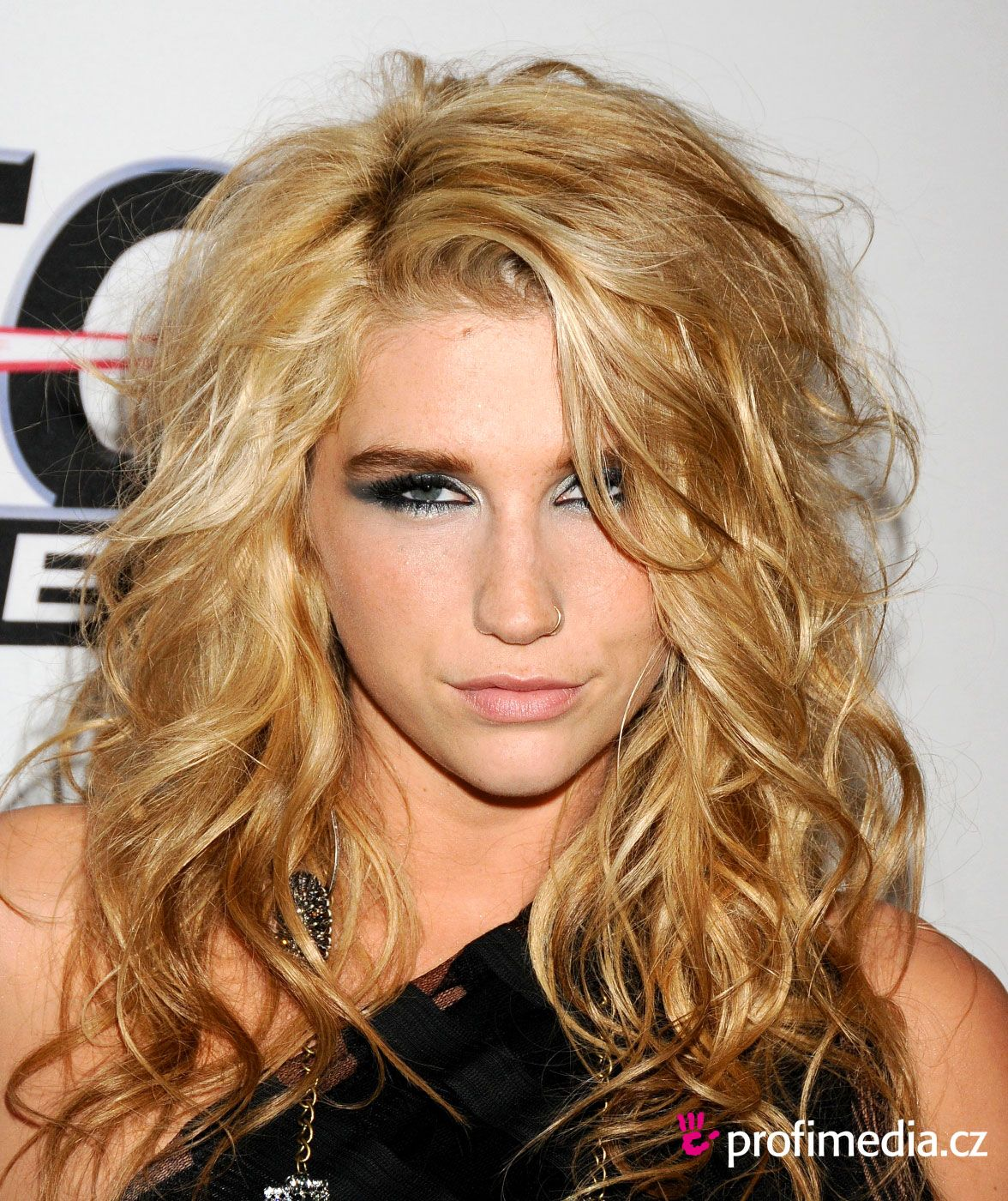 Pin by mfh on music pinterest kesha hair medium hairstyle and