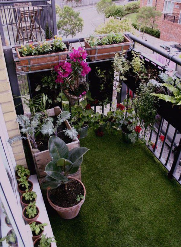 17 trucos para sacar partido a balcones peque os balcons en fete et v randas. Black Bedroom Furniture Sets. Home Design Ideas