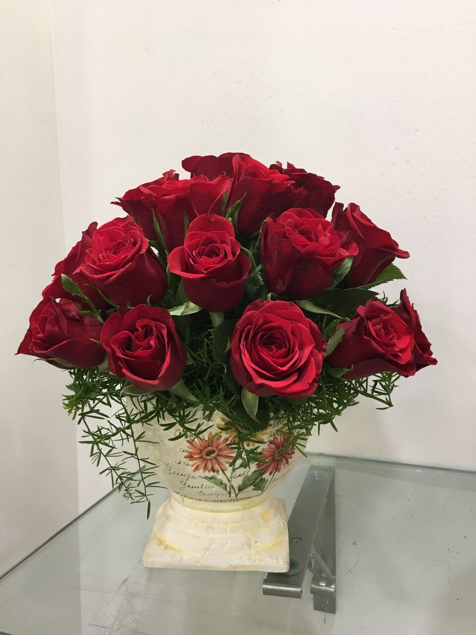 Looking for romantic flowers? Roses are the description