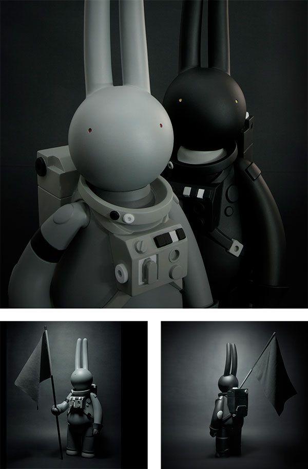 Astrolapin In Black Or Grey Pre Order Art Toys Design Vinyl Toys Art Toy
