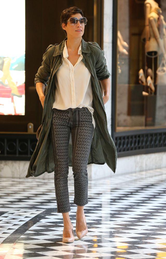 Jasmin Gerat Trägt Die Sonnenbrille Zu Ihrem Casual Style Alle