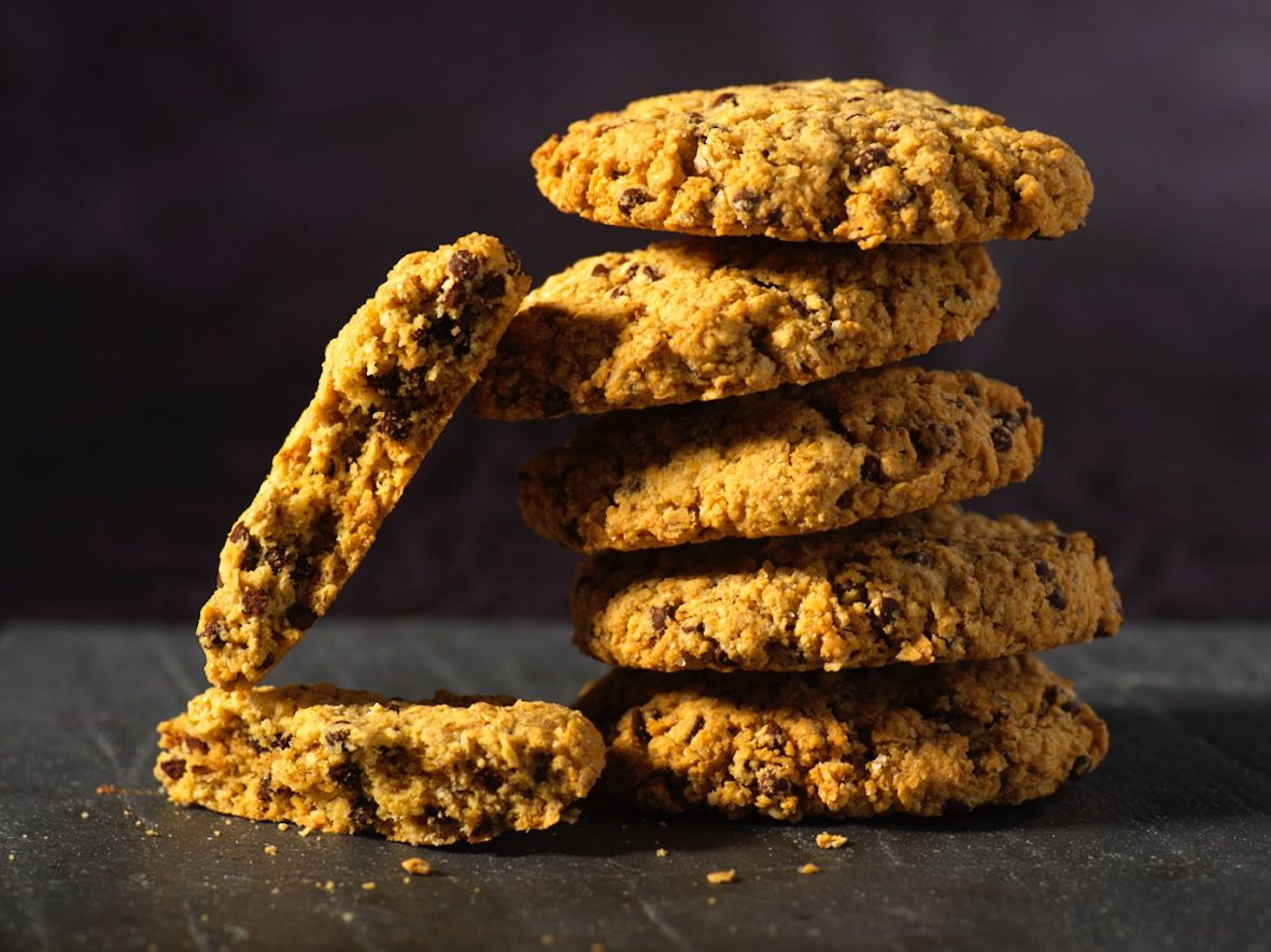 Cookies Moelleux Aux Pepites De Chocolat Et Flocons D Avoine Bio Cookies Moelleux Recette Cookies Facile Recettes De Cuisine