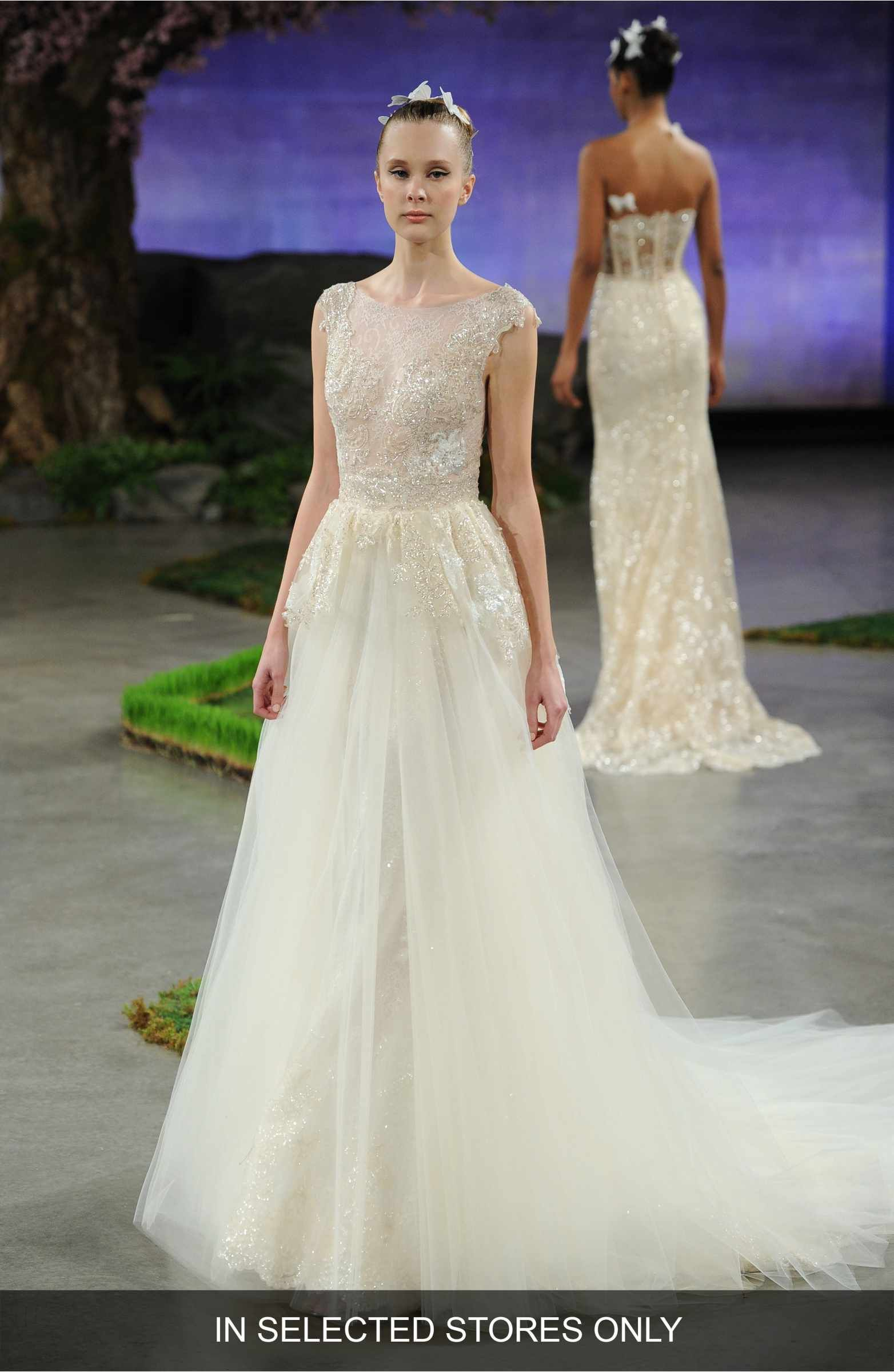 Ivory Lace Wedding Gown Removable Tulle Overskirt - Promfy
