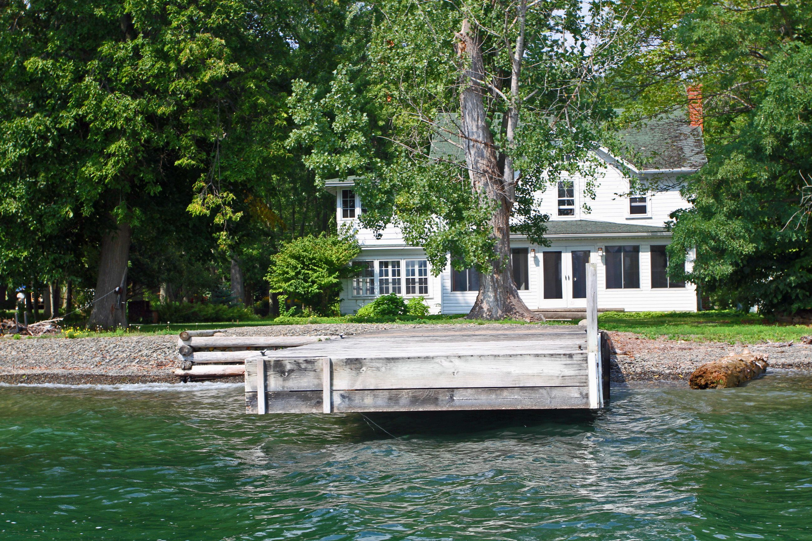 michigan the lake cabin getaway for traverse in fifelakemi rent lakeside cottages resort city rentals front vacation northern mainhouse cottage
