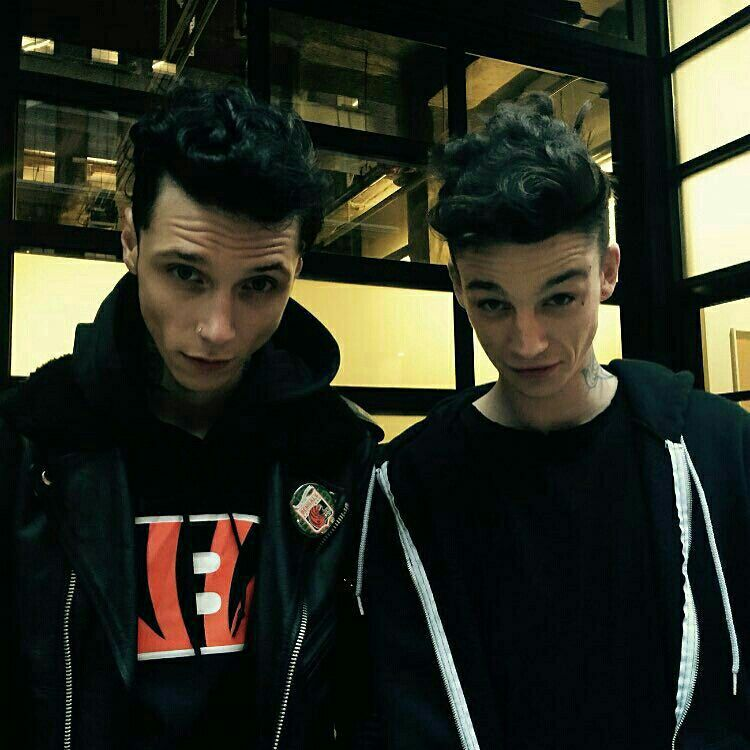 Andy Biersack and his lookalike Ash Stymest