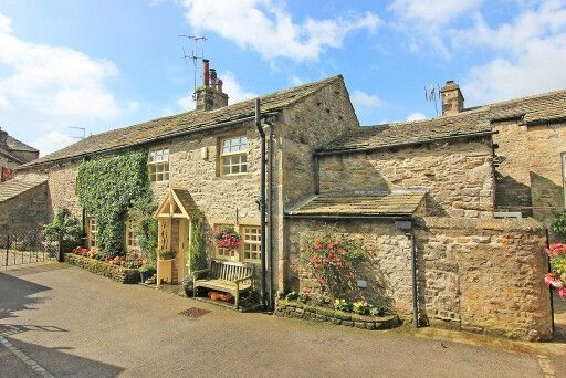 Lovely cottage in england Beautiful home