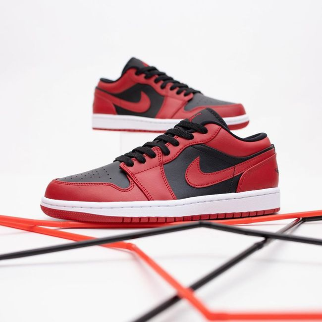 Air Jordan 1 Low Reverse Bred   Jordanie, Chaussures de sport mode ...