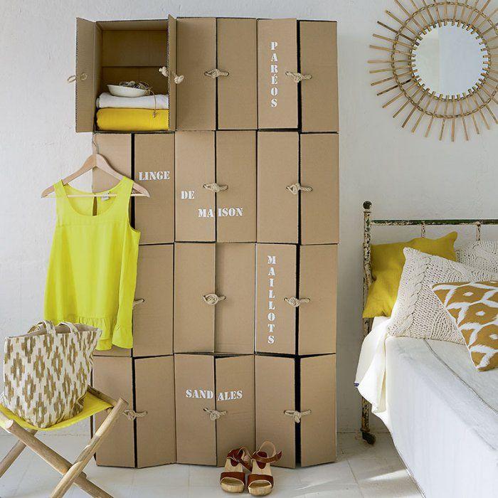 Des Cartons Pour Un Dressing Original Avec Images Deco Recup Maison En Carton Meuble En Carton