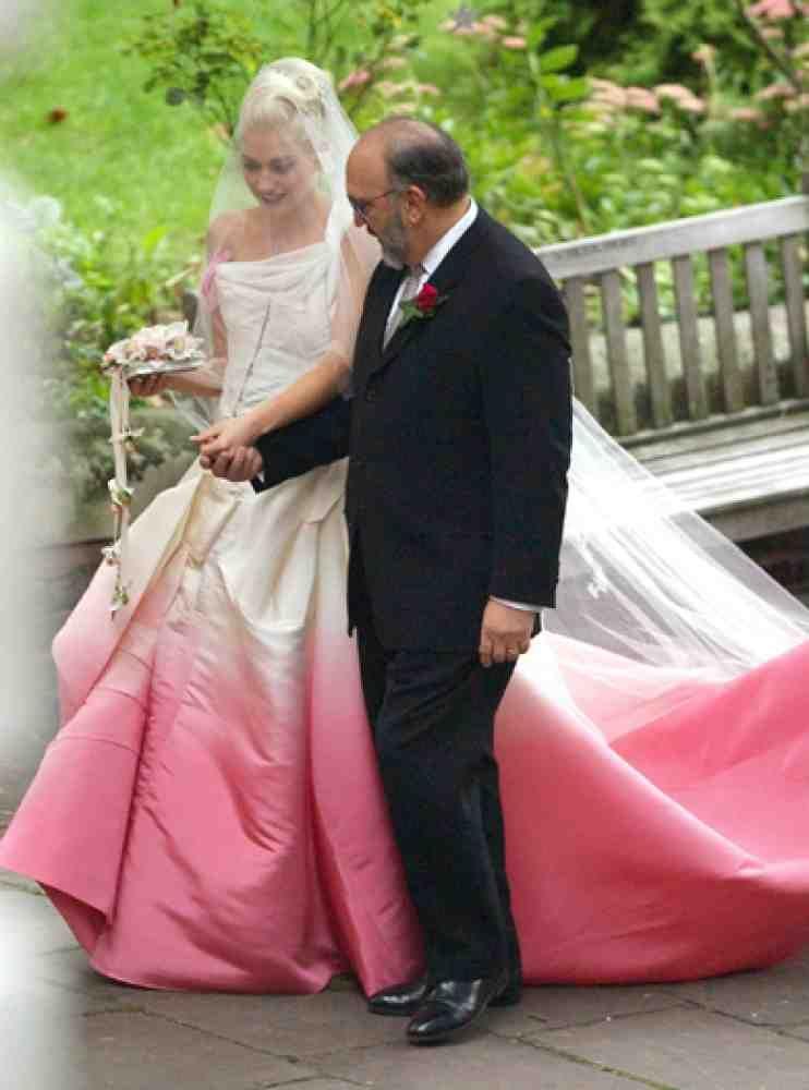 Gwen stefani pink wedding dress pink wedding dress pinterest gwen stefani pink wedding dress junglespirit Gallery