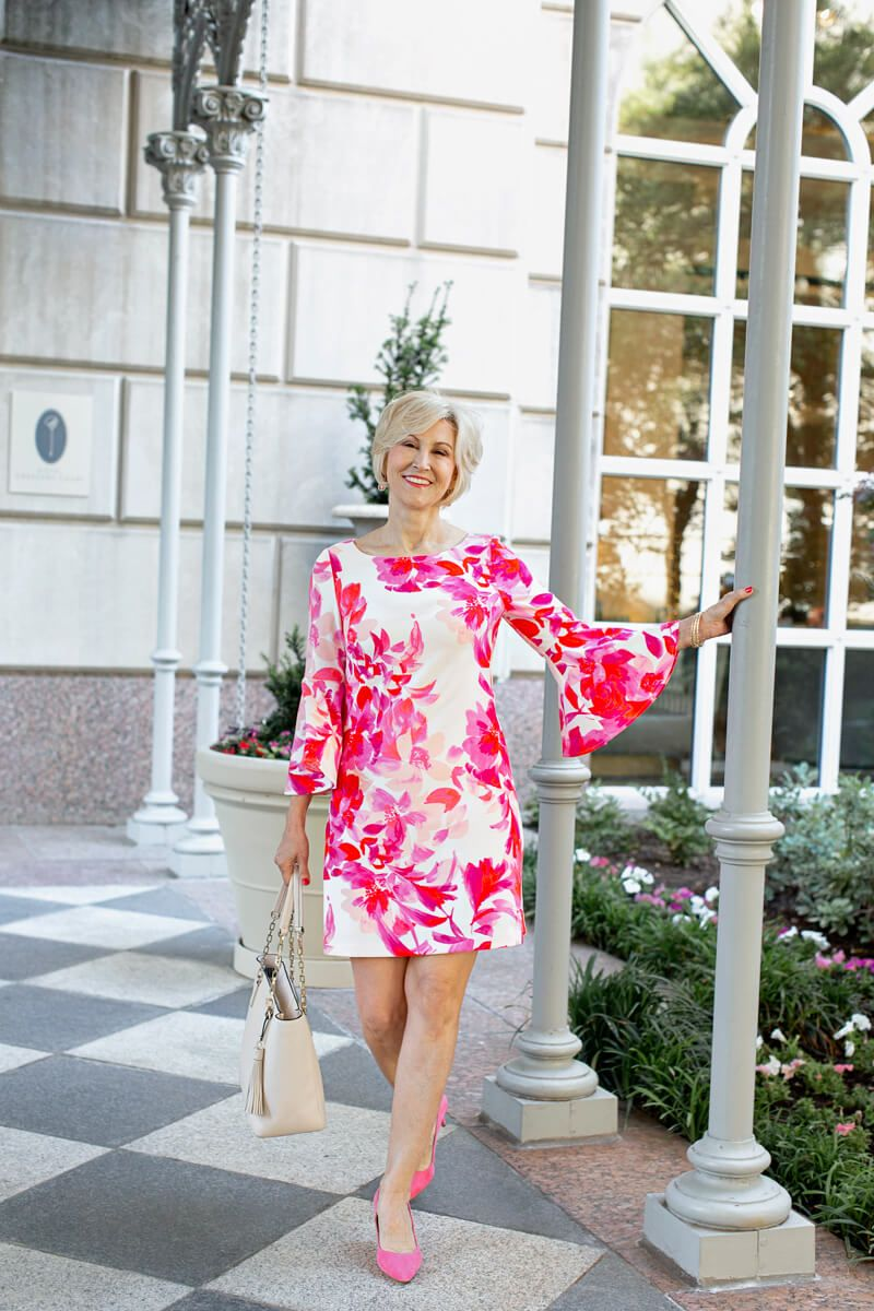 The Pink Floral Shift Dress That Almost Wasn T Elegant Summer Dresses Summer Dresses For Women Floral Shift Dress [ 1200 x 800 Pixel ]