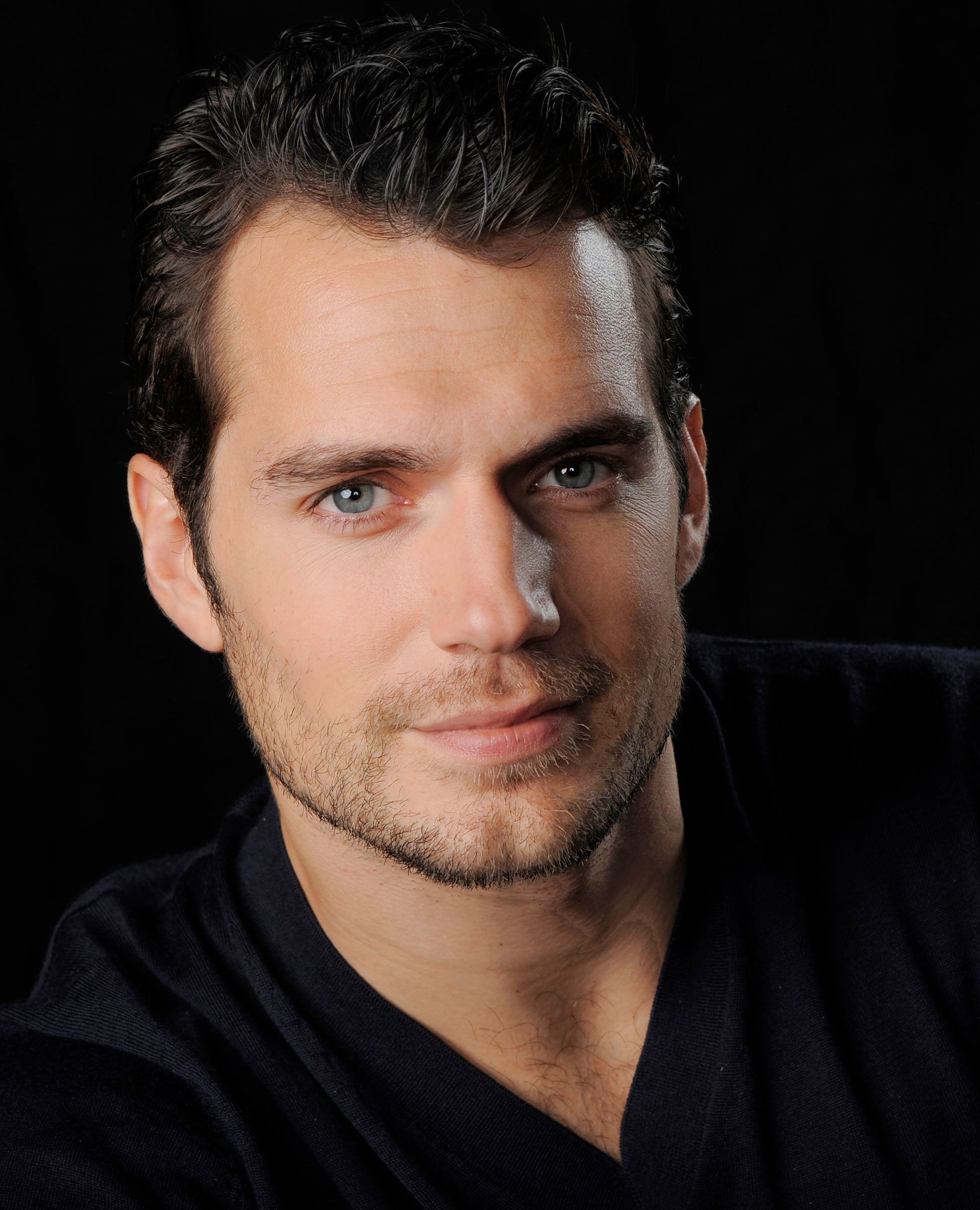 Henry Cavill Photos Hot Pics Picture Wallpapers Photo