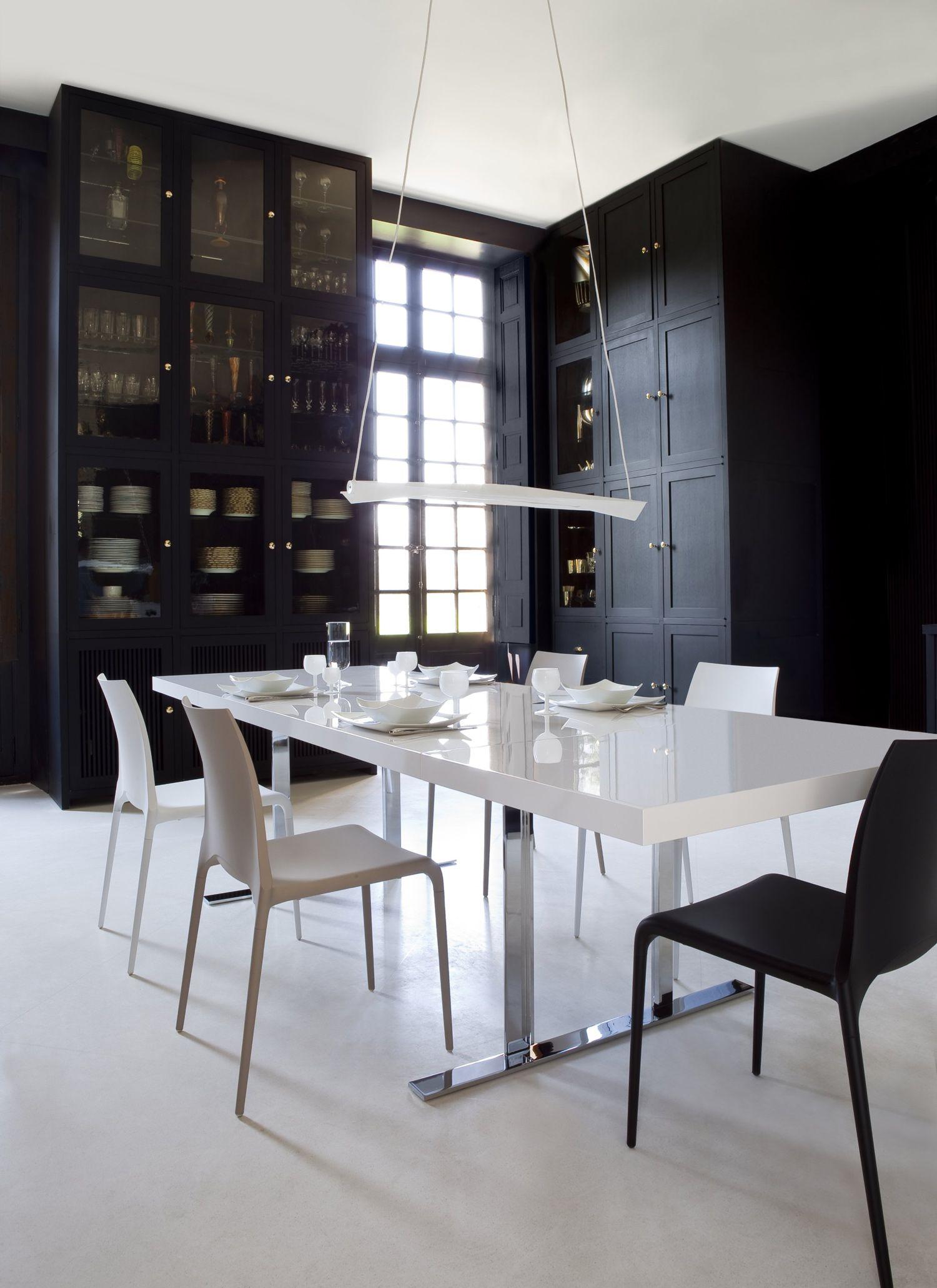 Cineline Extensible Dining Table Designed By Pagnon Pelhaitre