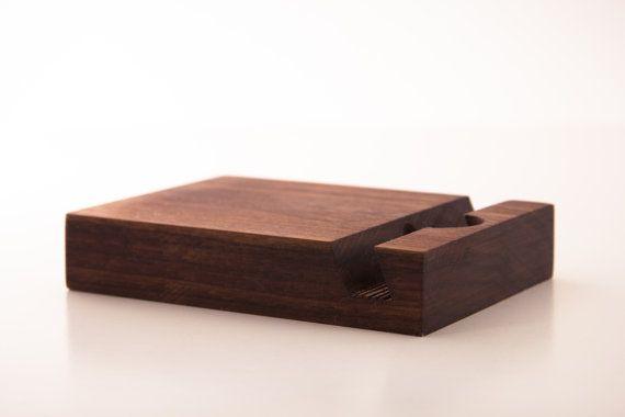 iPad Stand - noyer