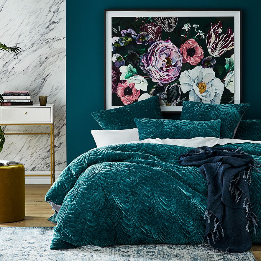 Vintage Washed Linen Ivy Coverlet, Jewel Tone Green Bedding