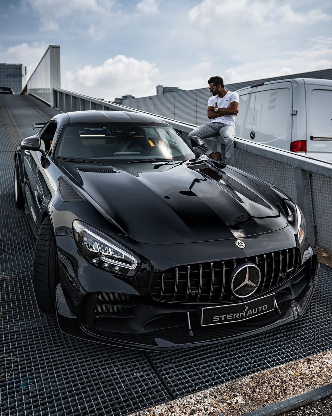 Mercedes Amg Gt R Mercedes Amg Mercedes Benz Cars Mercedes Amg Gt R