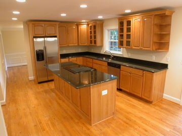 kitchen cabinets ideas » what color to paint kitchen cabinets with