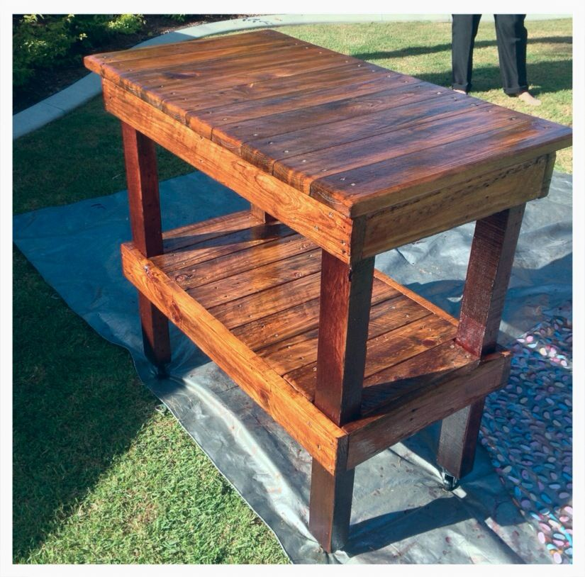Kitchen Island Bench Made From Recycled Pallets