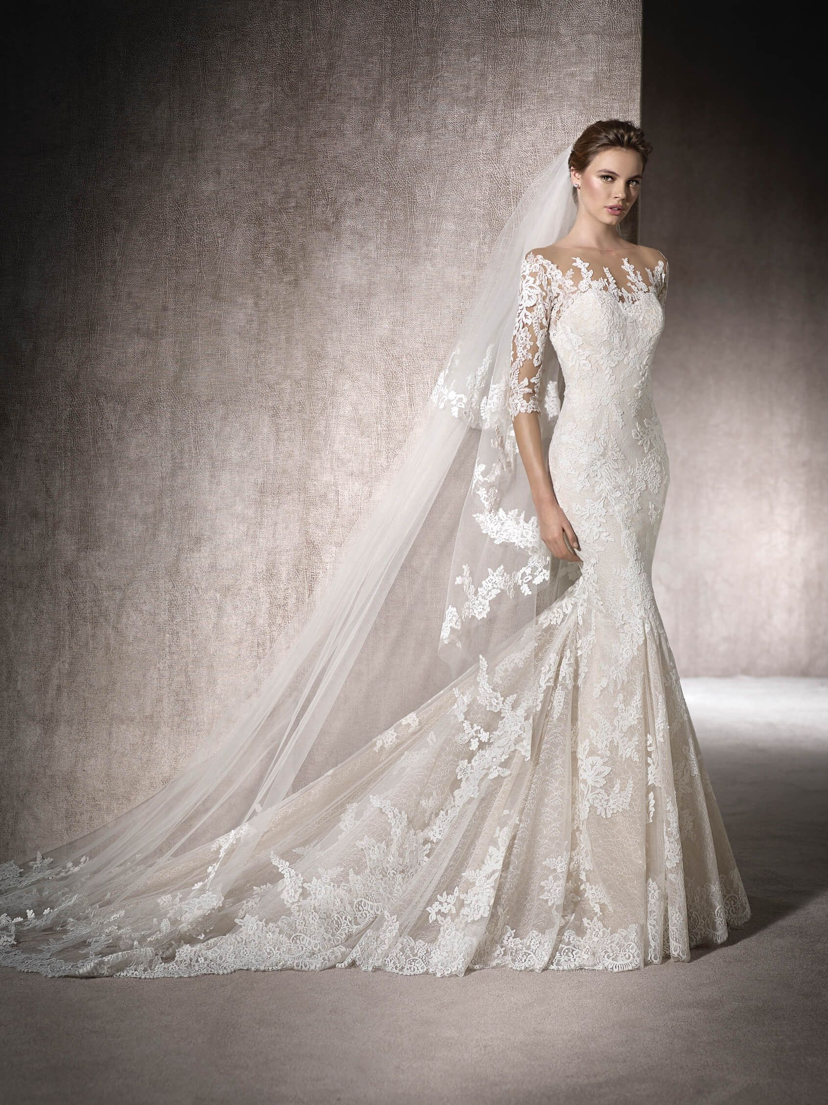 MAITE is a mermaid style wedding dress with 3 4 sleeves and a second skin  effect. In tulle 9fcdd5158fcf