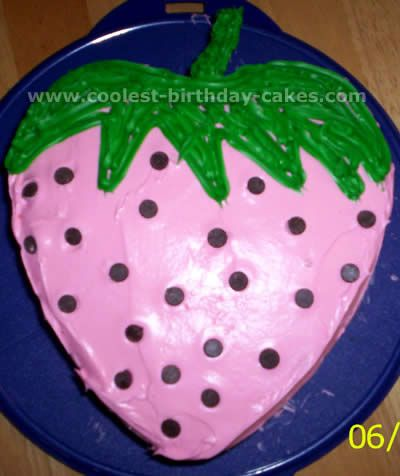 Coolest FruitShaped Creative Cakes Green Chocolate chips and