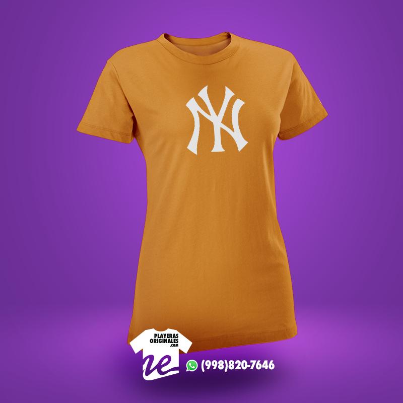 """La playera """"Yankees"""" es el regalo ideal para personas aficionadas al  baseball a47ea3634a7"""