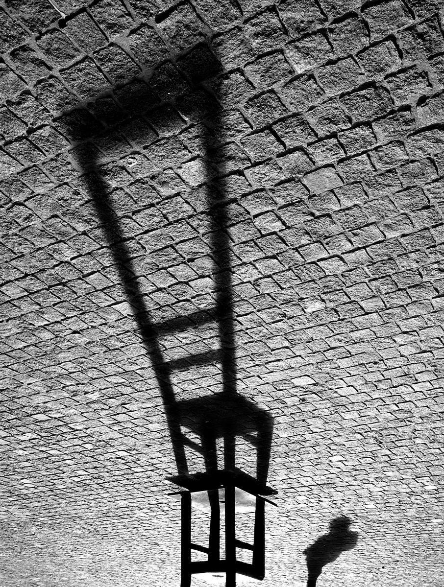 ... by © Klishevska. °