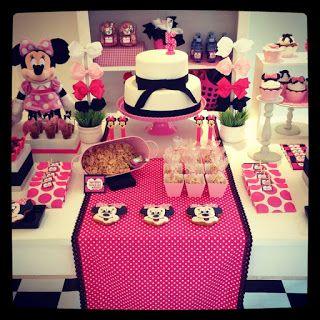 Detalhes da mesa - Festa loja de laços da Minnie