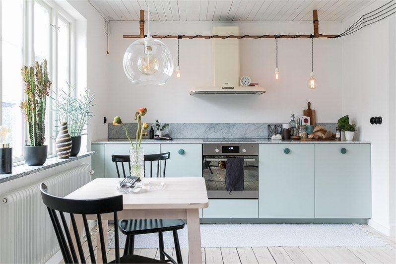 25 Small Kitchen Ideas That Make A Big Statement Small Kitchen Kitchen Decor Small Kitchen Decor